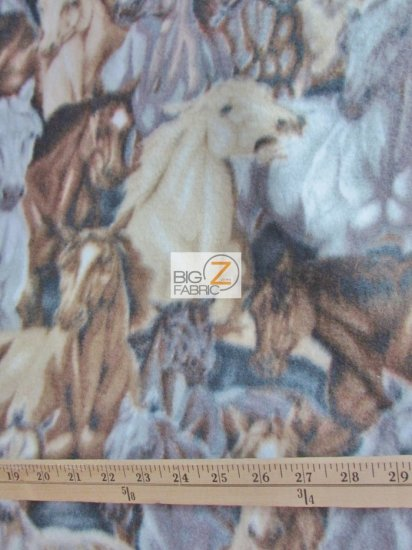 Fleece Printed Fabric Animal Horse / Horse Stampede / Sold By The Yard